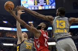 NBA》哈登連兩場大三元 火箭勝率重返5成