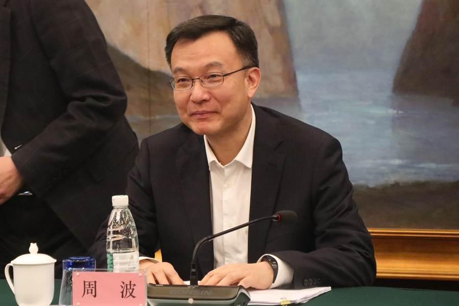 上海市常務副市長周波18年前曾訪台,對台灣美食記憶深刻,希望這次有機會嘗試蚵仔煎、大腸包小腸等美味。(圖/吳泓勳攝)