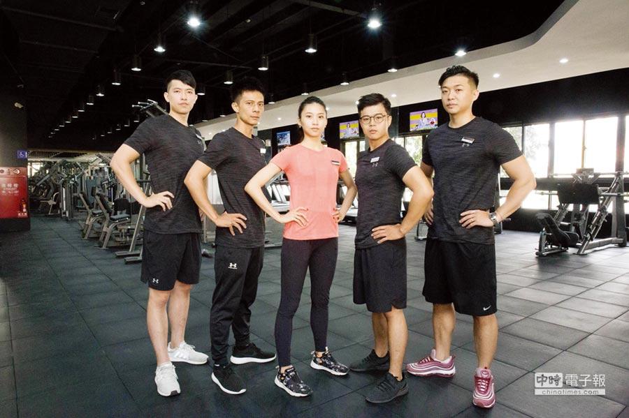 「大普諾Dapro Fitness」擁有專項教練團隊,提供正確健身知識與安全保護!圖/曾麗芳