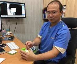 阿嬤人工膝關節墊片用了30年  醫師:台灣製造