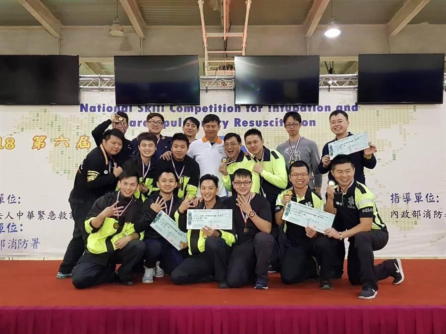 全國呼吸道插管技心肺復甦術競賽,新北消防組隊參加,成績優異超越去年所得獎數。(吳家詮翻攝)