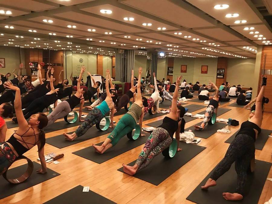 Pure Yoga無預警結束營業!會員哭:我去哪上課…(翻攝自Pure Yoga Taiwan Page臉書)