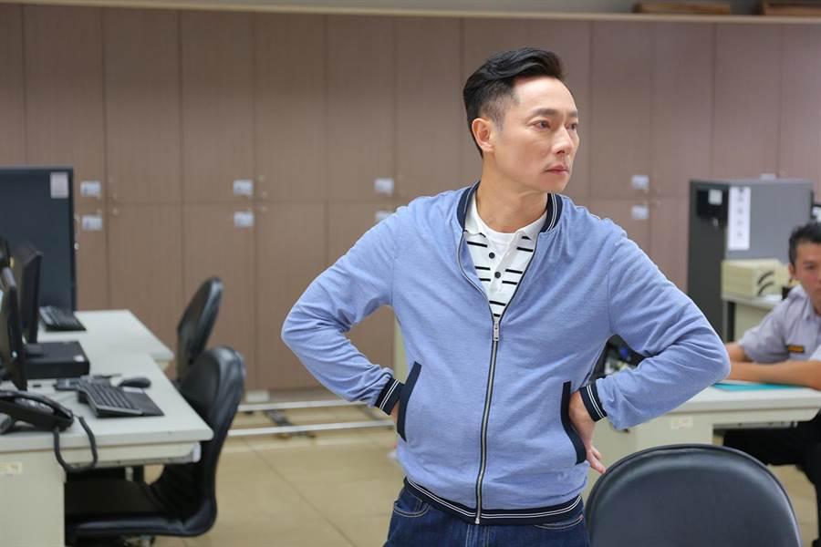 謝祖武劇中迷路進了警察局。(TVBS)