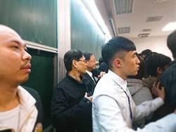 江宜樺被學生鬧場 沈富雄:民進黨出了豬隊友