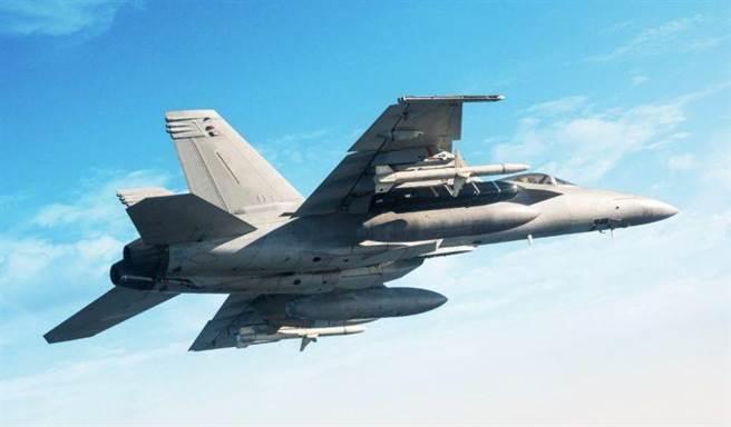 由美國海軍航母艦載機F/A-18大黃蜂戰機發射的空射型LRASM長程反艦導彈。(圖/洛馬公司)