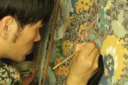 宗博館唐卡金箔工藝示範 展現繁複精緻畫工
