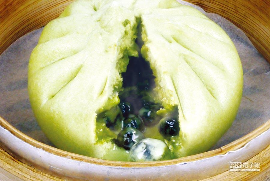 炎香亭推出新品珍珠抹茶包,抹茶粉由整片茶葉研磨而成,口感獨特,風味絕佳。圖/業者提供