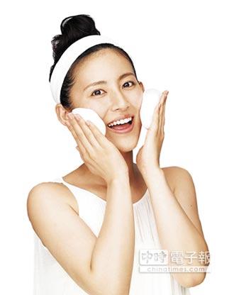 臉部保養很重要 冷水清潔防感冒