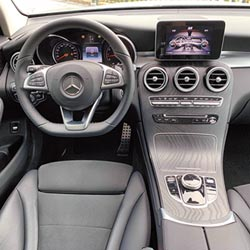 Mercedes-Benz GLC 200 反應沉穩 輕鬆快意