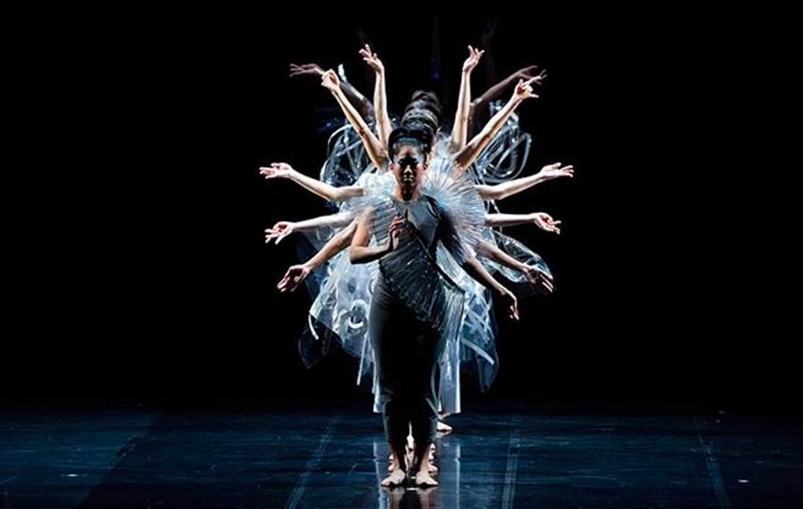 肢體音符舞團《月牙泉二部曲─220窟》劇照。(圖/臺北市政府文化局)
