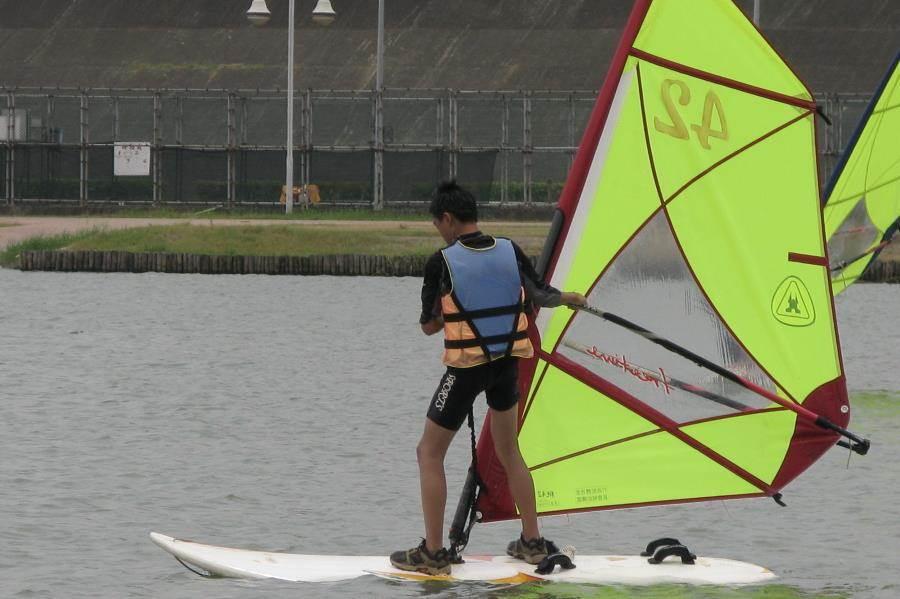 體育署107年學生寒假體育育樂營帆船體驗活動。(體育署提供)