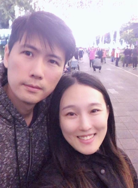 加入永慶房屋6年,翟純一早已買車、買房、還遇到人生的另一半,明年預備結婚、生子,朝五子登科的目標邁進。