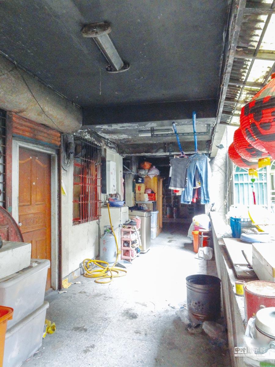 台北市「水源路四五期整宅案」都更前每戶僅10坪大小,生活空間狹小。圖/業者提供