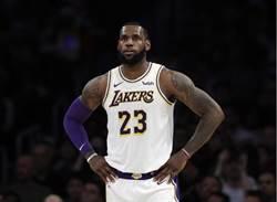 NBA》詹皇失言被迫道歉 Nike股價重挫
