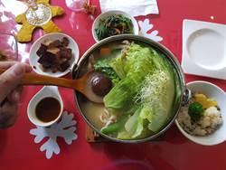 新化梅子的店  11種口味蔬食火鍋走平價奢華風