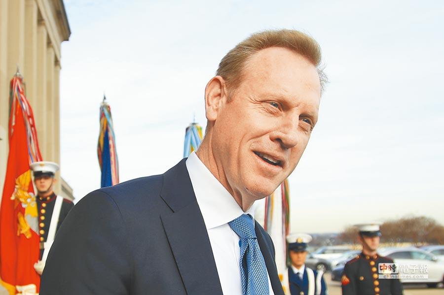 美國總統川普23日突然宣布,原訂明年2月底離職的國防部長馬提斯提前走人,明年1月1日起由副部長夏納翰(Patrick Shanahan)暫代。(美聯社)