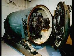 冷戰真實笑話:英國設計用雞控制的核子地雷