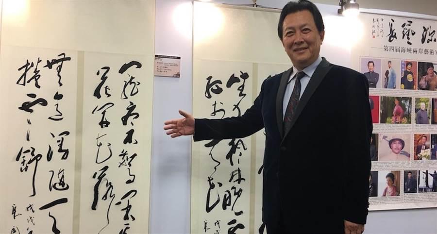 唐國強今早出席兩岸藝術家書畫展。(洪秀瑛攝)