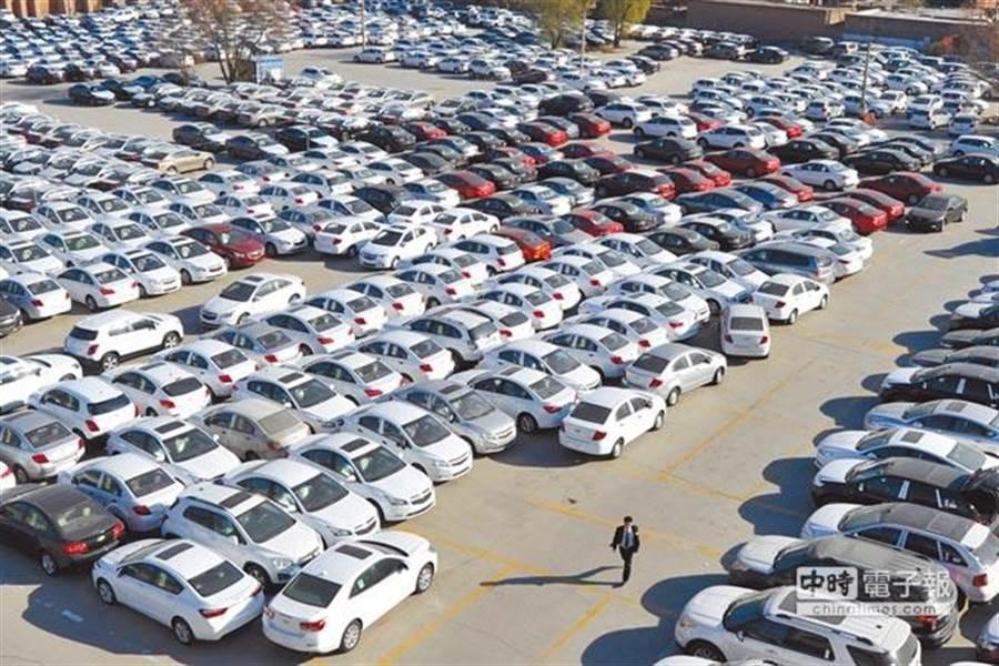 11月大陸汽車銷量驟減,跌幅創下7年來新高。(中新社資料照片)
