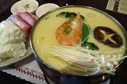 恆春「新優格」南瓜起司牛奶鍋 獨特沾醬一級棒