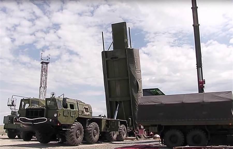 俄羅斯試射先鋒高超音速導彈,驗證所有技術參數。(圖/塔斯社)