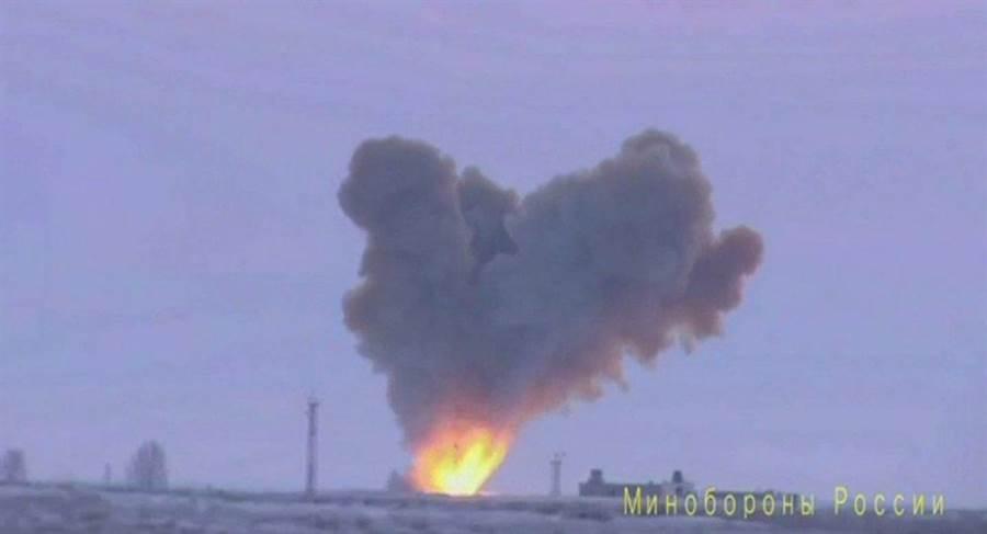 俄羅斯26日試射了為音速20倍的「先鋒」高超音速飛彈。(俄羅斯國防部)
