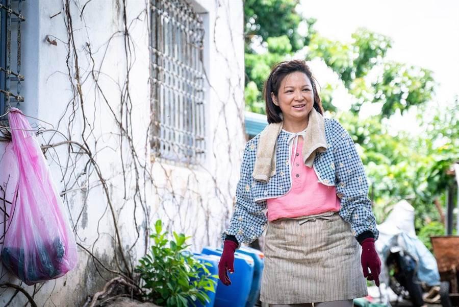 楊貴媚在片中飾演以回收工作養子的單親媽媽。想亮影藝提供