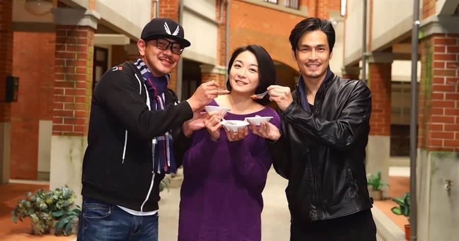 江俊翰(左起)、江祖平、Gino。(民視提供)
