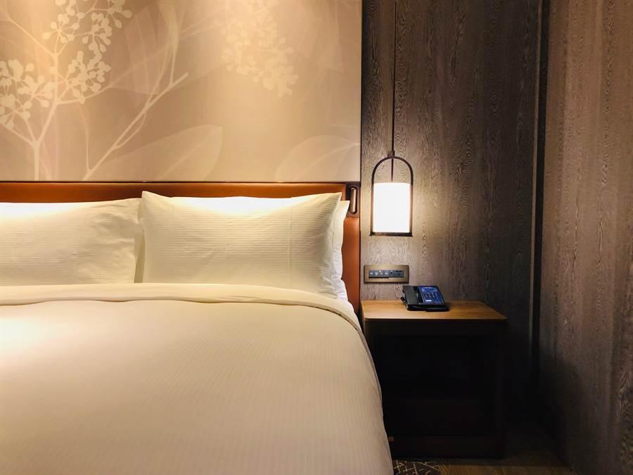「林隅套房」空間舒適典雅,提供房客絕佳入住體驗。(圖片提供/台北中山逸林酒店)