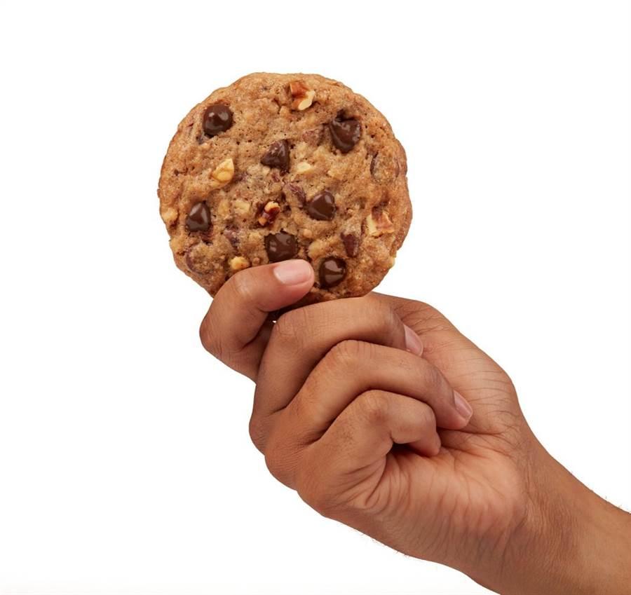 希爾頓逸林酒店傳統「溫熱巧克力餅乾」圈粉無數。(圖片提供/台北中山逸林酒店)