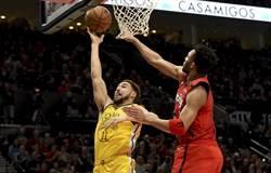 NBA》浪花弟回神!勇士三巨頭狂轟82分復仇