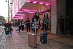 全球奢侈品巨頭豪賭中國 看好年輕消費者潛力