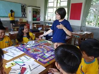 國高中六年一貫合作  台東高商到附近國中開設理財社團