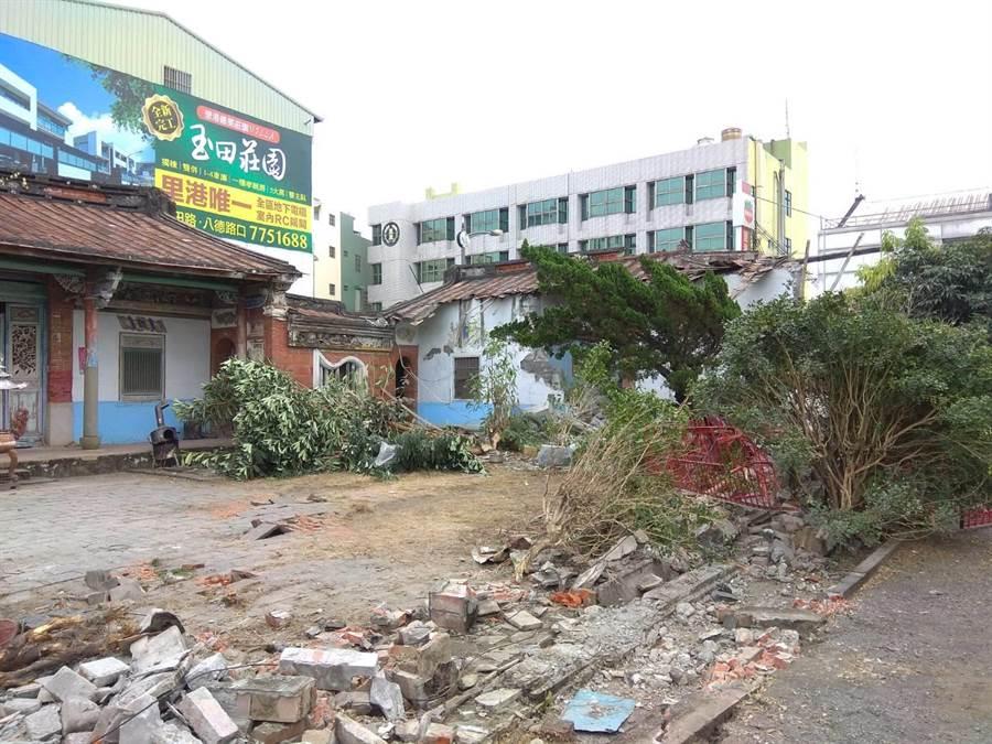 里港蔡家古厝突然遭毀損,意外引發外界關注。(林和生翻攝)