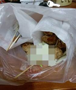 南部吃鹹酥雞加這個! 台中人崩潰:哪來吃法?