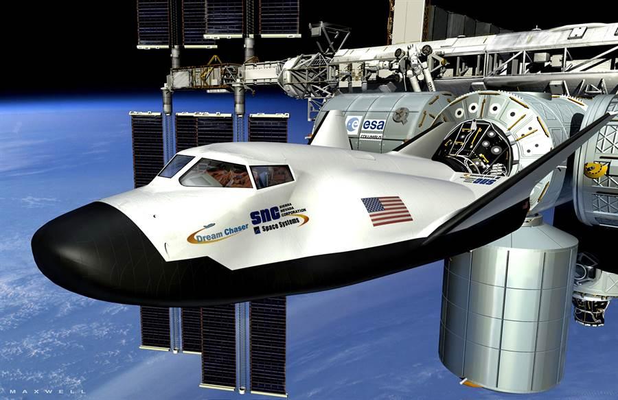 未來逐夢者號能夠為國際太空站輸送人員與物資。(圖/SNC)