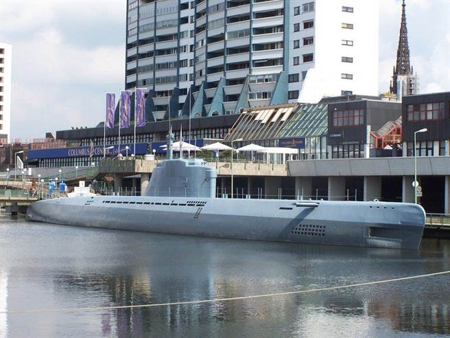 在德國不來梅港展示的21型U艇,它的性能指數在現在來看也頗厲害。(圖/reddit)