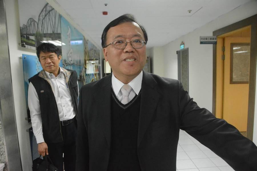 高市環保局長袁中新上任,宣誓做到空汙實質減量。(林宏聰攝)
