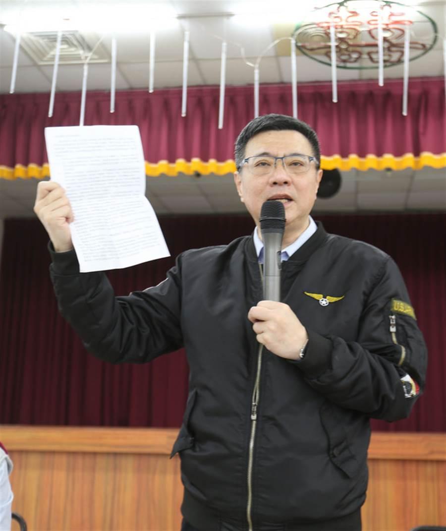 民進黨主席補選候選人卓榮泰2日下午在台南和黨員座談,他說,民進黨內部問題不能用派系去評論。(中央社)