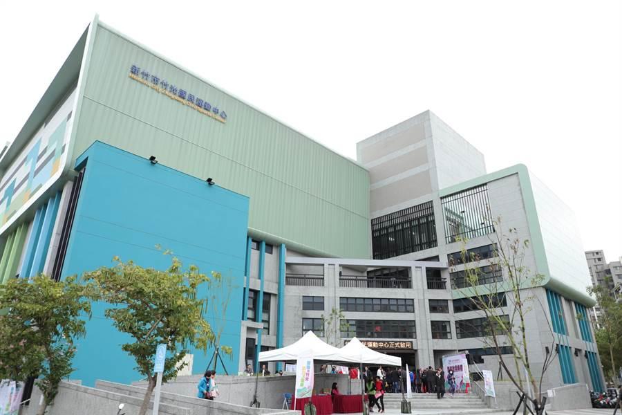 新竹市第2座國民運動中心「竹光國民運動中心」3日起試營運。(陳育賢攝)