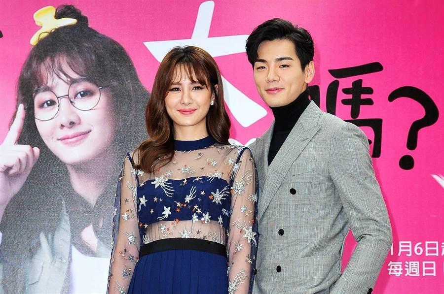 安心亞、禾浩辰出席《你有念大學嗎?》首映會。(台視)