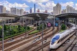 鐵路上海站明起實行新的列車運行圖