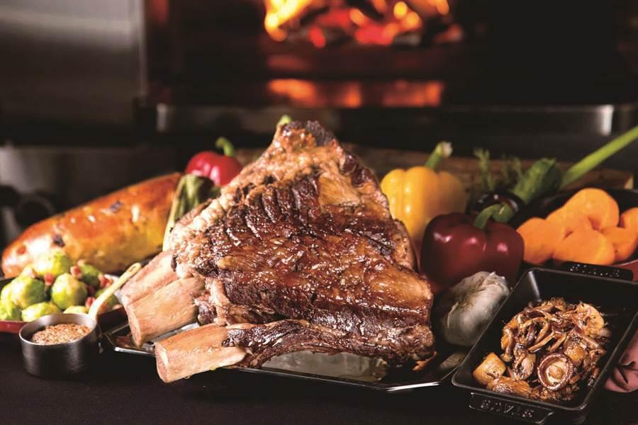 SOGO敦化館「N°168 PRIME STEAKHOUSE爐烤美國帶骨牛小排禮籃」。(SOGO提供)