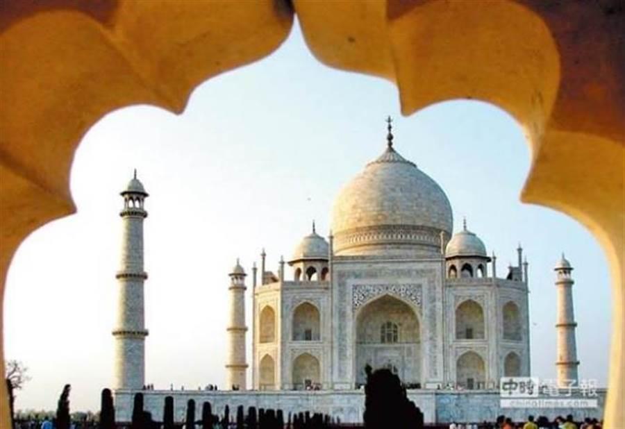 台灣政府將經濟重心轉往印度。圖為印度著名景點泰姬瑪哈陵。(本報系資料照片)