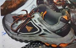 正義哥鞋丟警察 妨害公務起訴