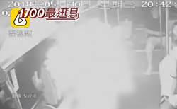 空中驚魂! 行動電源起火 機艙濃煙密布
