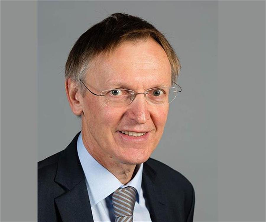 聯合國環境署國際資源小組共同主席波特尼克(Janez Potočnik)表示,循環經濟可大幅提升減碳效果。(摘自Wikipedia)