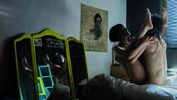 李康生防走光嫌保險套「太透明」 《自畫像》盪鞦韆性愛經排練