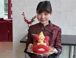 迎新春日月千禧舉辦「放縱色漾、紅鯉呈祥」畫展