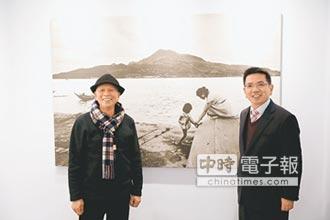 阮義忠故事館 展出淡水畫影風情